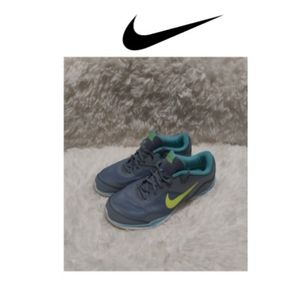 Nike Women's flex trainer Shoes